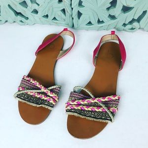 Breckelle's boho chic sandals size 8